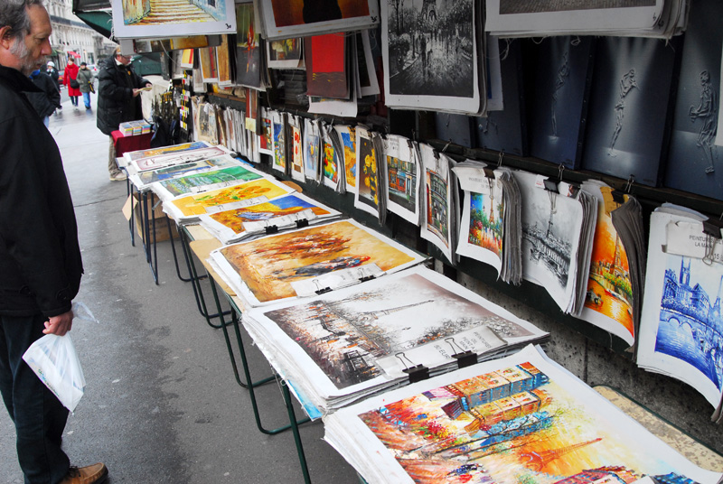 Paris Street Art Vendor © Dennis Mojado